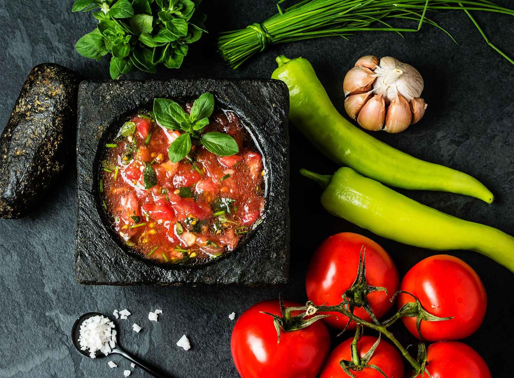 photos d'epices et de légumes frais, du service traiteur a domicile les antilles a votre table